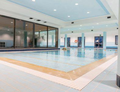 le-robinie-piscina-indoor-3